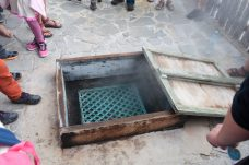 Le four hangi - The hangi oven