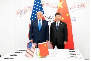 La dénonciation des « deux côtés » du conflit Américano-chinois est simplement fallacieuse — Qiao Collective