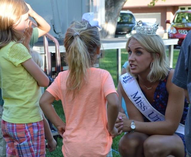 Miss Utah, Lauren Wilson, meets some star-struck fans at the Jeff Hinton Concert. Photo: Nicole Kunze