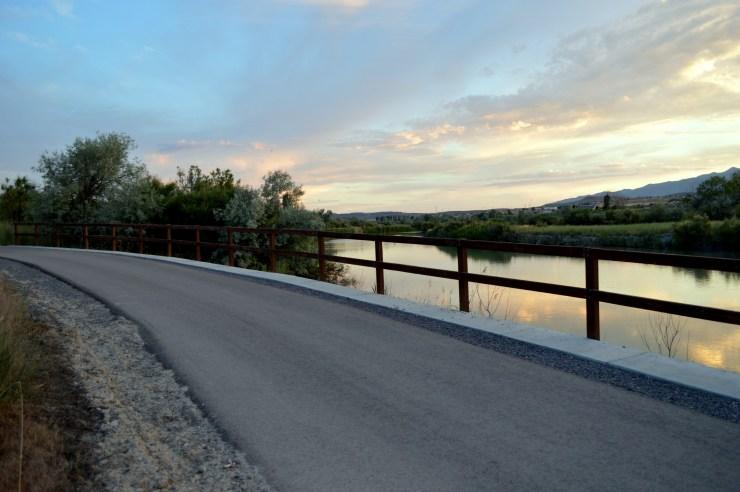 Sunset near the Mountain View Highway on the Jordan River Parkway. Photo: Nicole Kunze