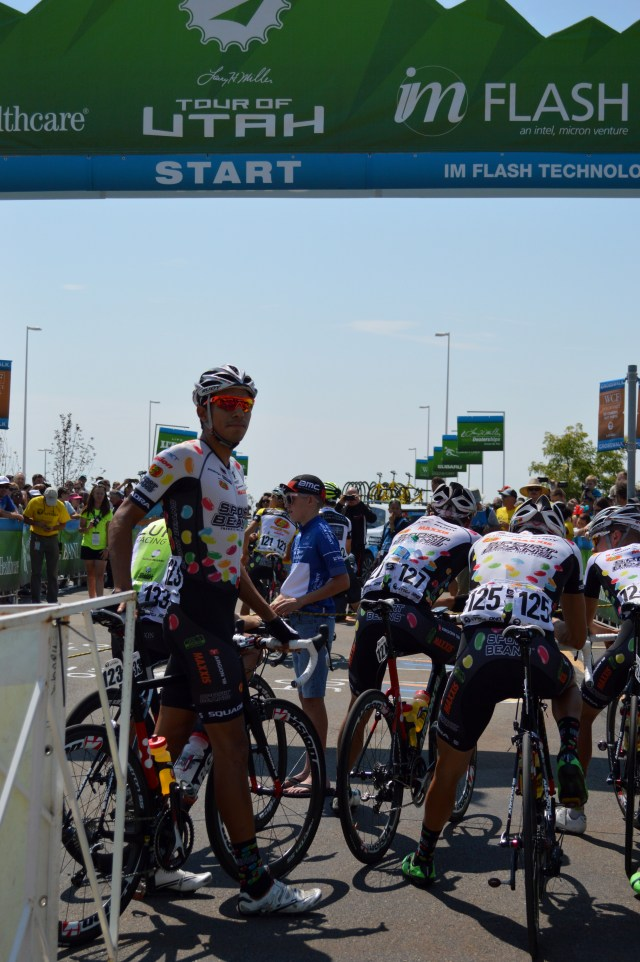 Maxxis team sponsored by Jelly Belly at the starting line. Photo: Nicole Kunze