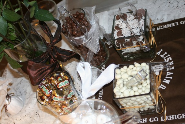 In addition to a delicious barbeque dinner, an impressive Lehigh-themed candy buffet was served. Photo by James Harding.