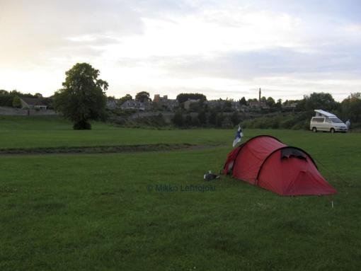 telttapaikka puistossa