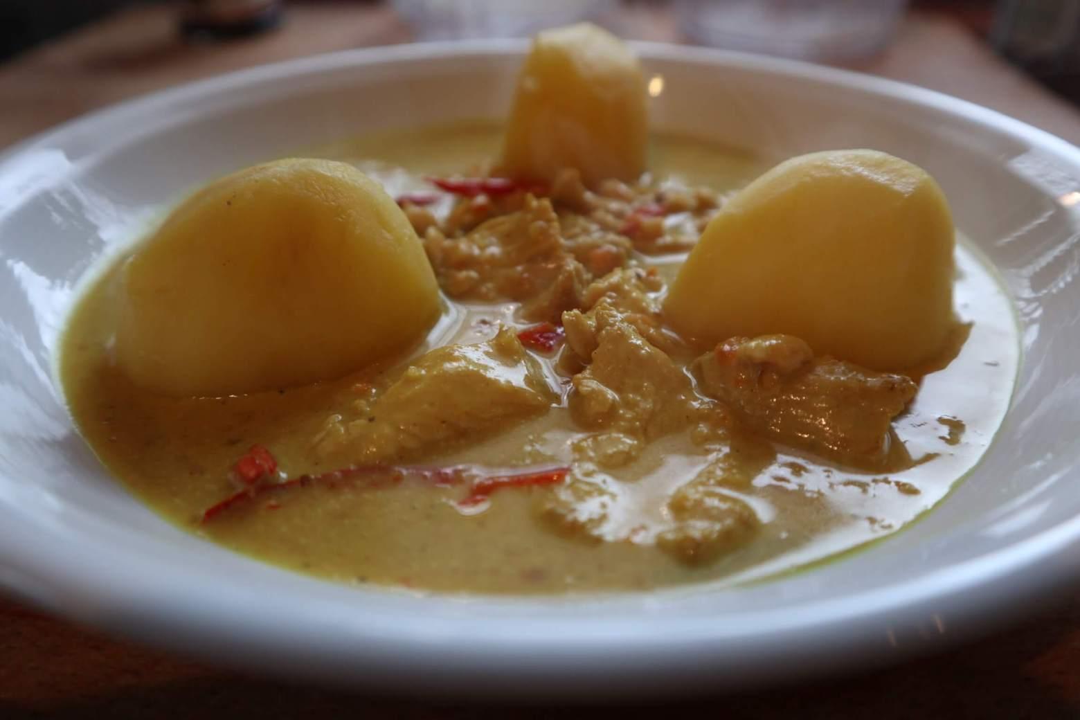 Erdnuss-Hähnchen-Curry*****