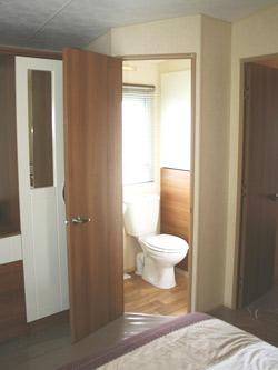 Ensuite washroom in teh ABI St David