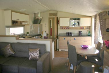 willerby living room into kitchen