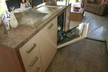 ABI The Lodge 2-bed kitchen island