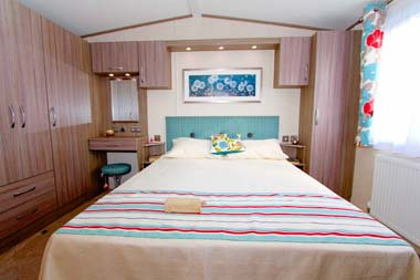 Victory Vermont Vue 36x12ft 6ins 2 Bedrooms 2550 as well Cvmp9cd further Divisores De Ambientes Biombos Y Etc furthermore The Worlds 10 Tiniest Houses On Tiny Islands further Baby Rooms Decorating Babies Bedroom Ideas. on tiniest bedrooms