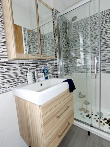 Wessex Contemporary Vue - Bathroom