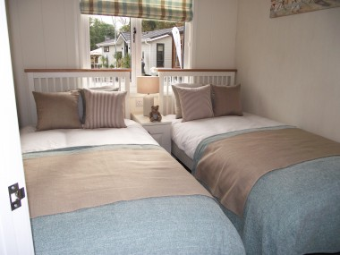 Colonial Twin Bedroom