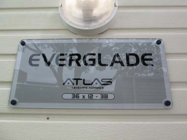 Atlas Everglade Sign