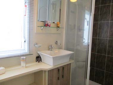 Carnaby Helmsley Main Bathroom