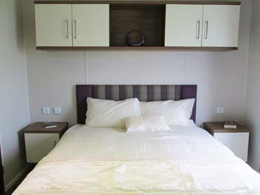 Willerby Chamberry Master Bed