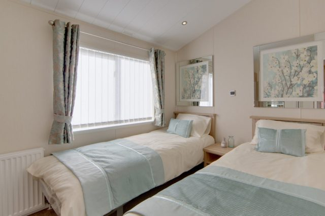 The Rutherford - Willerby Holiday Homes Twin Beds