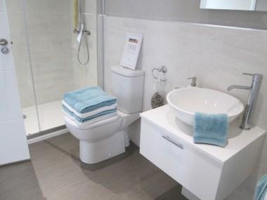 Omar Atrium Family Shower Room