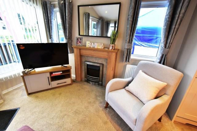 2019 Willerby Waverley lodge lounge