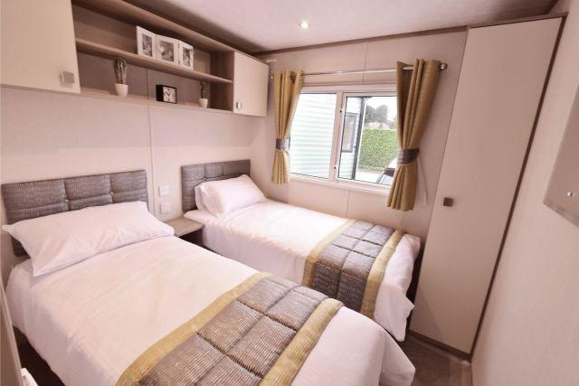 Carnaby Oakdale Twin Beds