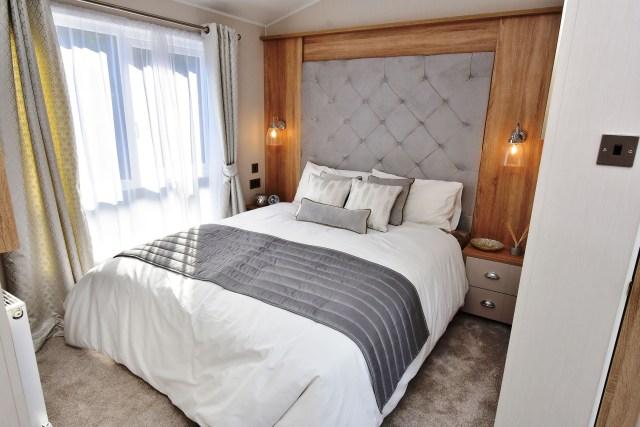 2020 Willerby Vogue Classique static caravan master bedroom