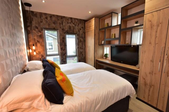 2020 Tingdene Quantum lodge twin bedroom