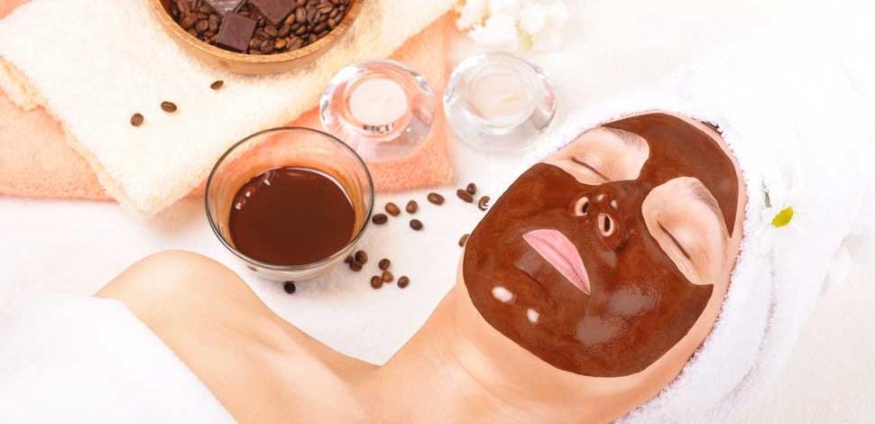 Scrub Fai Da Te Per Il Corpo Al Miele E Allo Zucchero Di