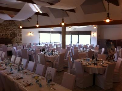 disposition table mariage en blanc