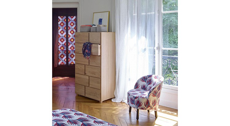 petit salon 15 fauteuils colores et
