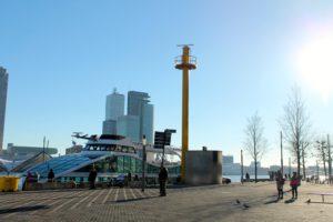 Visitar en barco el puerto de Rotterdam
