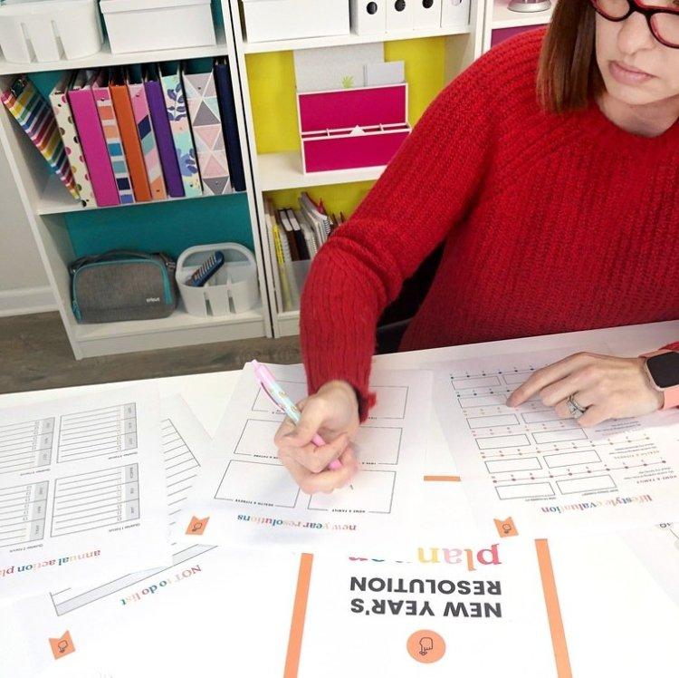 New Years resolution planner by Lela Burris Organized-ish