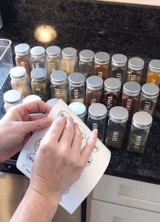 cricut spice jar lid labels