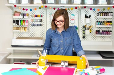 cricut shopping tips from Lela Burris