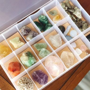 diy organizer for crystals