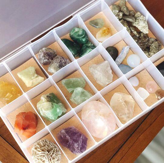 diy divided organizer for crystals