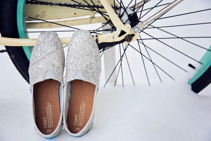 Leland Lodge | Fishtown Leland Hotel | Winter Wedding | Bridal Shoes
