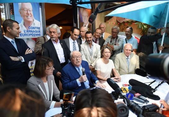 J.-M. Le Pen veut enterrer la truelle de guerre !