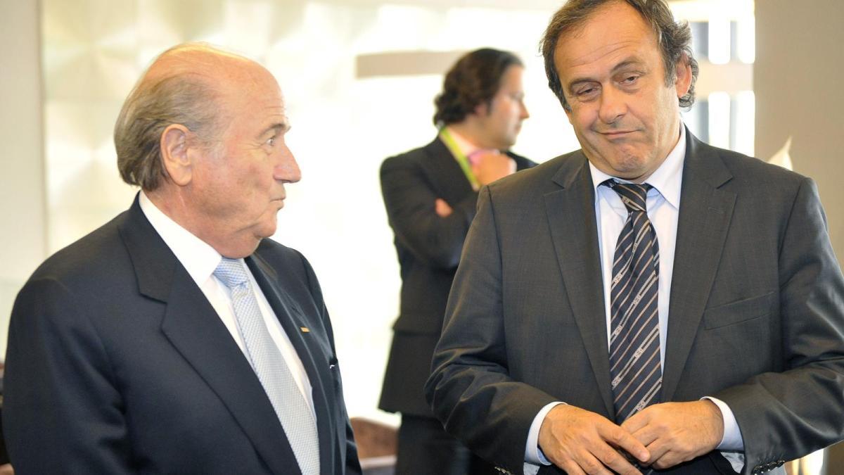 Scandale à la Fifa : Platini et Blatter auraient «falsifié des comptes»