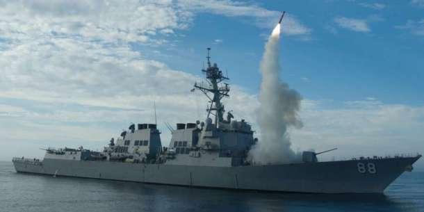 usa-ont-lance-59-missiles-sur-une-base-militaire-syrienne-dans-la-nuit-de-jeudi-a-vendredi