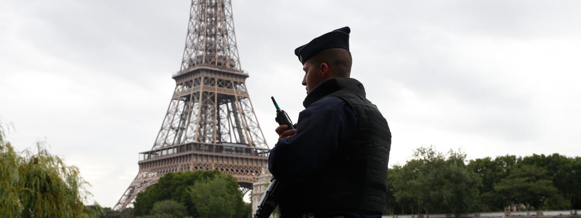 Le Sénat adopte le très controversé projet de loi antiterroriste