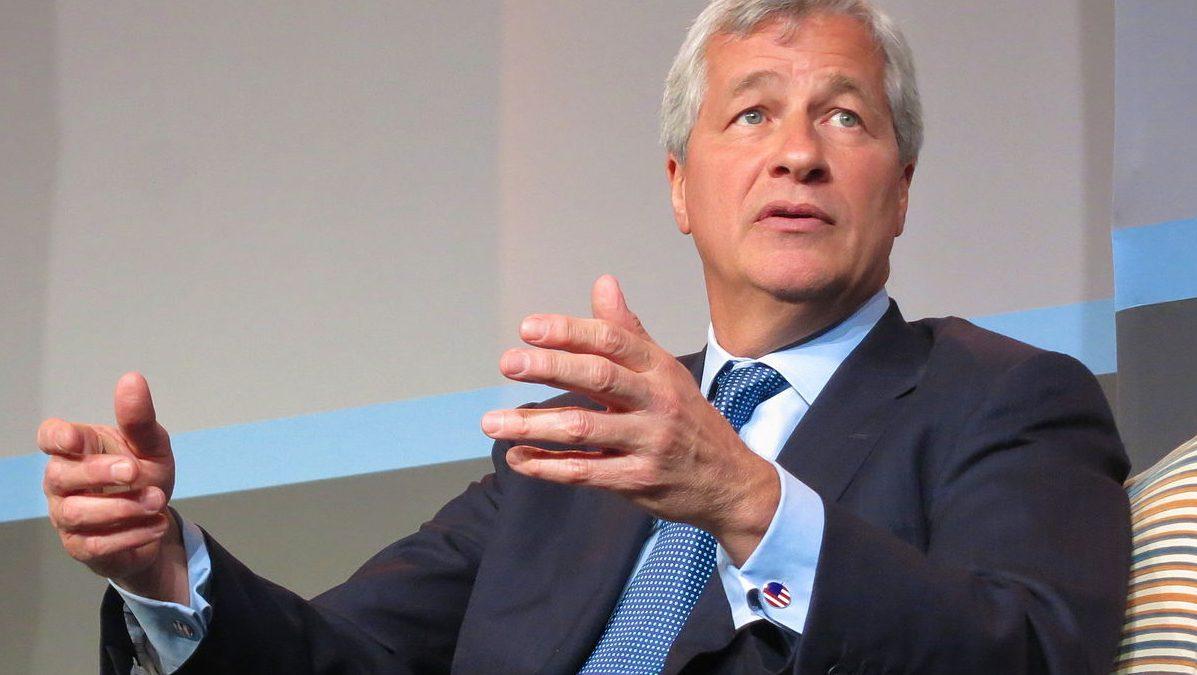 Le patron de JPMorgan « regrette » avoir dit que le bitcoin était une « arnaque »