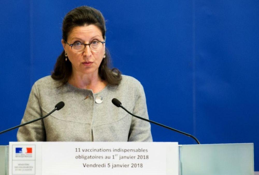 Vaccins : Buzyn, « triste » que tant de Français croient à la théorie du complot