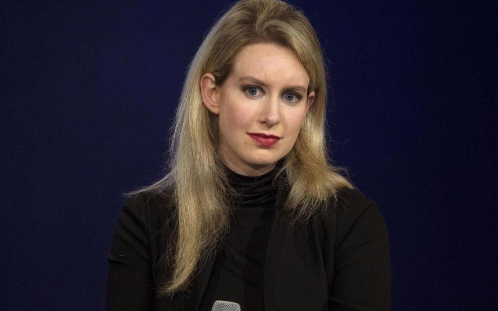 Elizabeth Holmes, la plus grosse escroquerie de l'histoire de la Silicon Valley ?