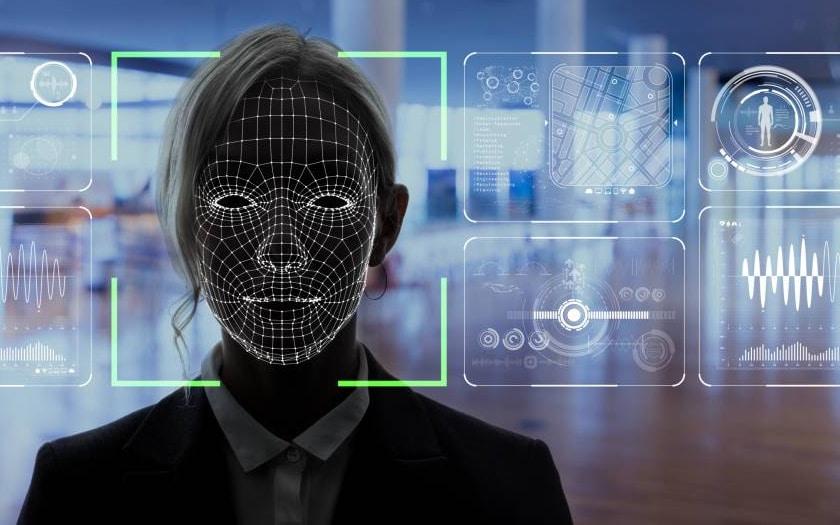 Facebook/israhell : une entreprise de surveillance utilise vos photos pour créer un logiciel de reconnaissance faciale