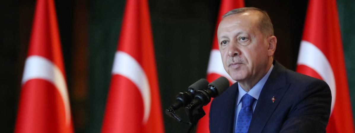Le président Erdogan accuse les États-Unis de vouloir frapper la Turquie « dans le dos » !
