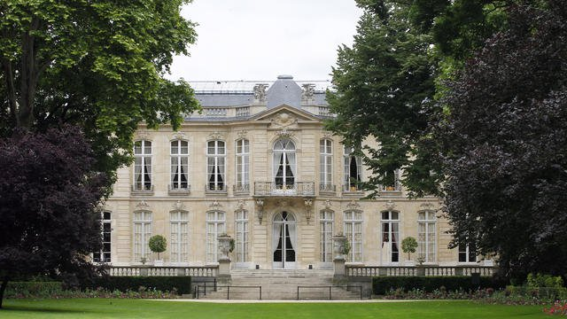 Paris : un gendarme se suicide dans les jardins de l'hôtel de Matignon