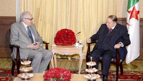Qui est Lakhdar Brahimi, le faire-valoir de Bouteflika ?