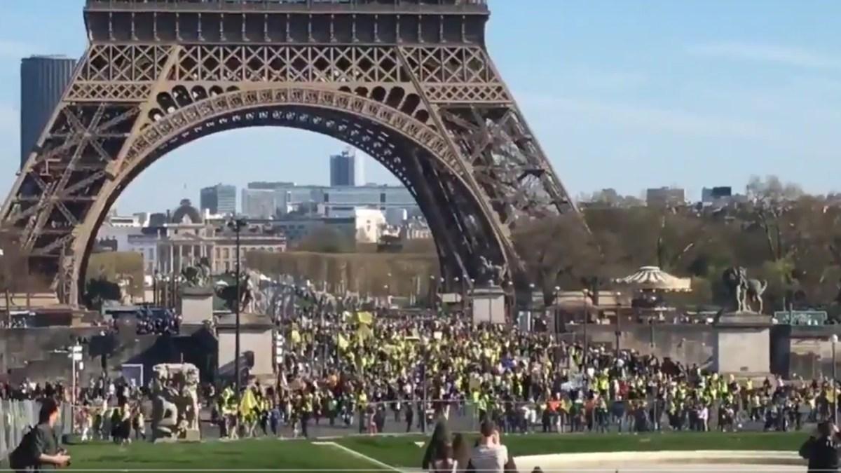 Fake niouzes gouvernementales : pour Castaner, les #GiletsJaunes étaient 1800 à Paris !