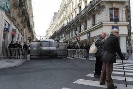 Visite de Macron à Angers : une ville morte pour protéger le bankster !