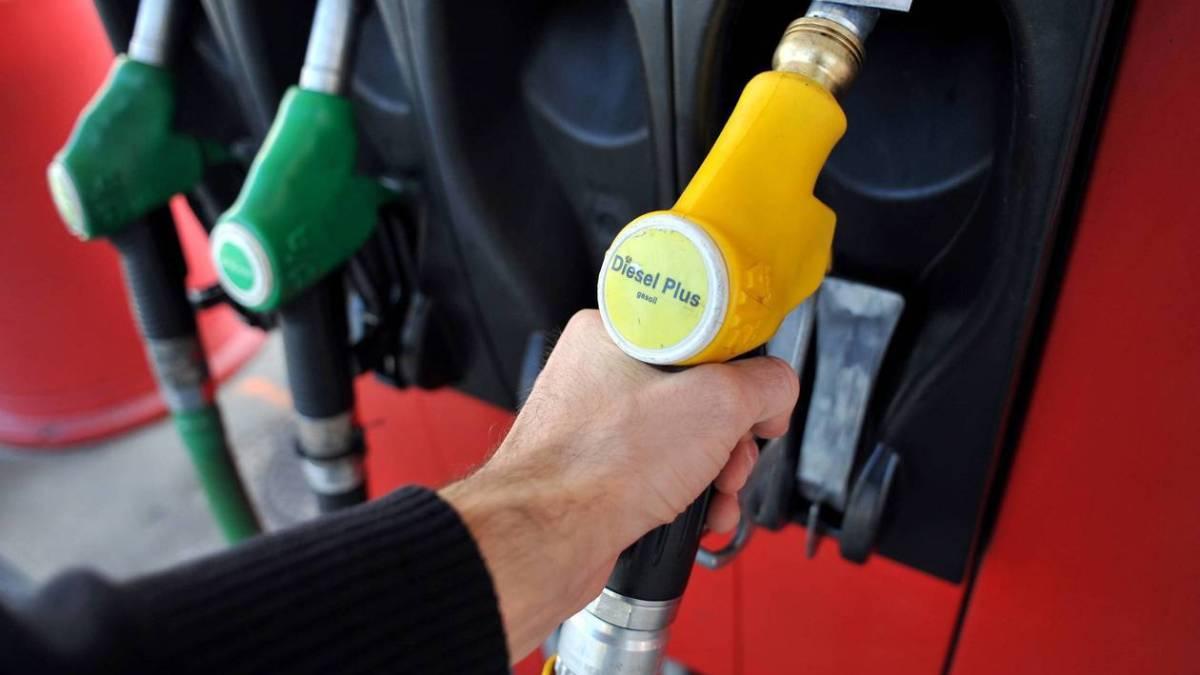 #GiletsJaunes : les prix des carburants toujours en hausse en France