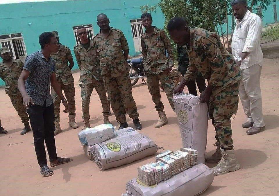 130 millions $ en liquide trouvés chez Omar El-Bechir