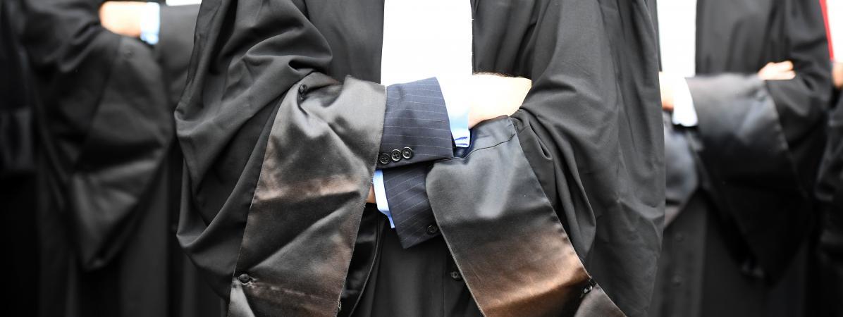 Justice en ruine : « Vous trouvez ça normal d'attendre douze mois pour être jugé ? » !
