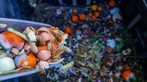 La taxe sur les ordures ménagères explose !